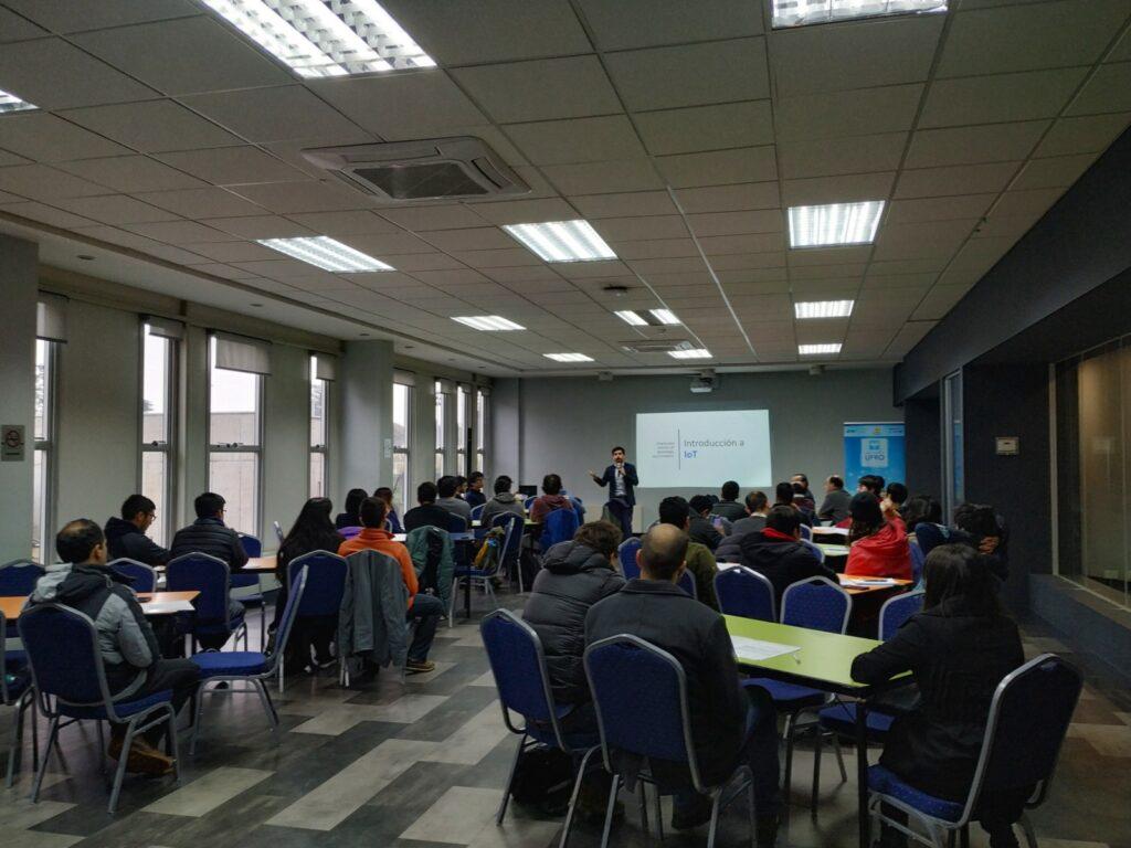 Smart Araucanía reunió a emprendedores, académicos y estudiantes en Workshop sobre Tecnologías Smart Cities