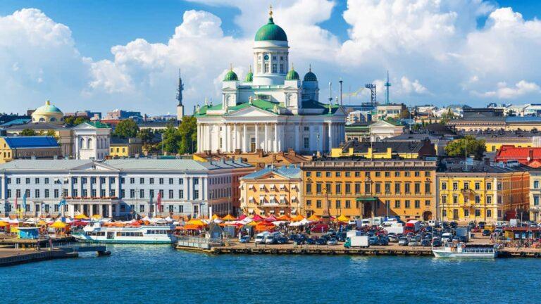 Pruebas de un ferry eléctrico en Helsinki